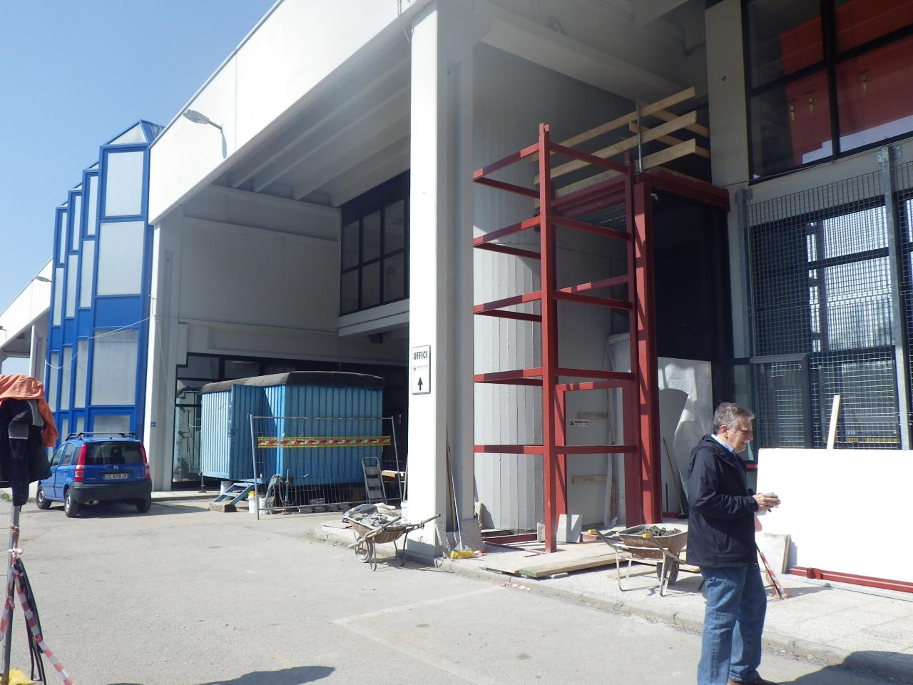 Capannone Industriale - Varese